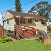 Tez & Wayne, buyers of Aldinga Drive, Wamberal